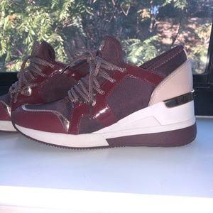 Liv Sneaker